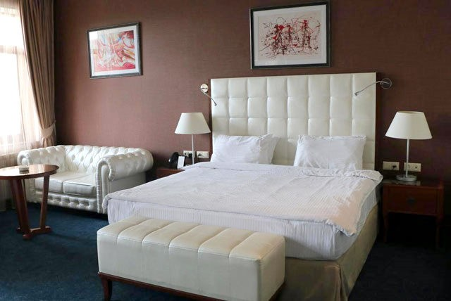 Kecharis Hotel & Resort